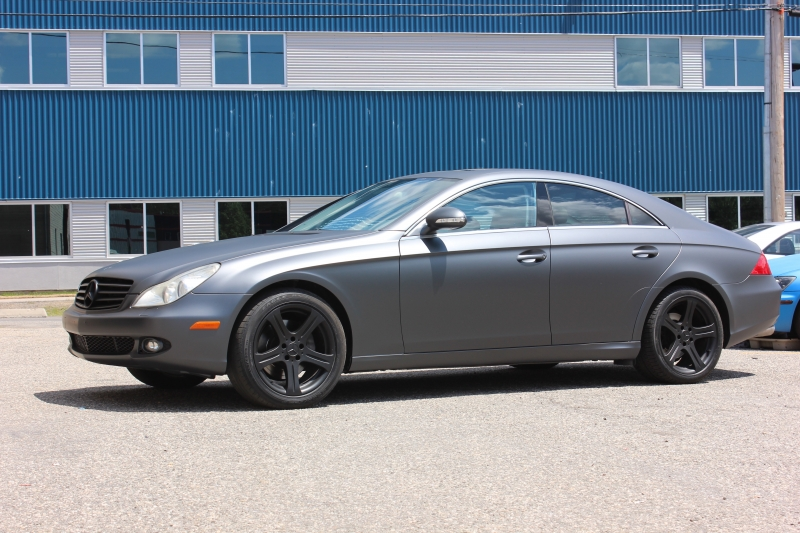 Anthracite grey pearl Mercedes